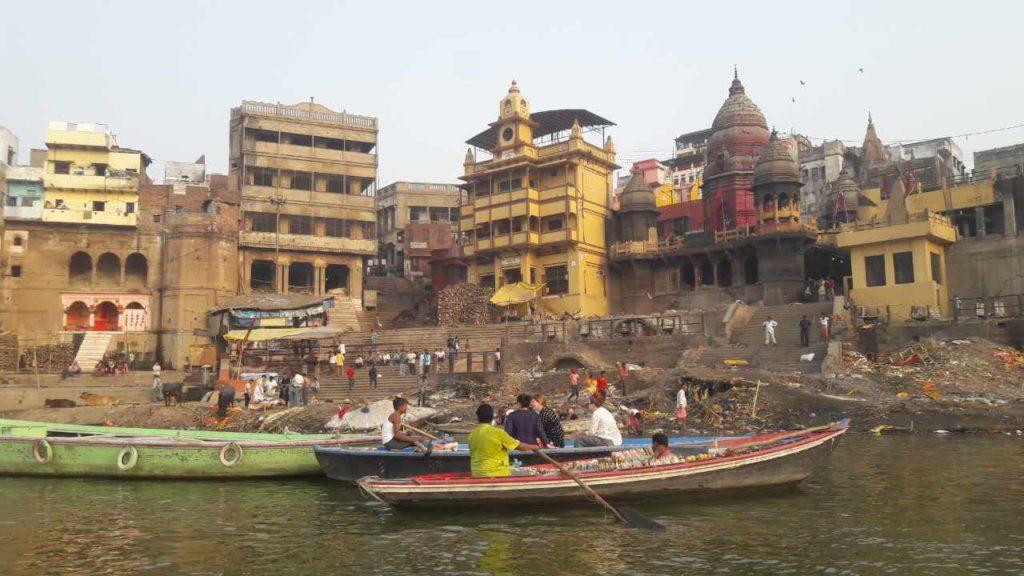 Rive du Gange Varanasi Yoga